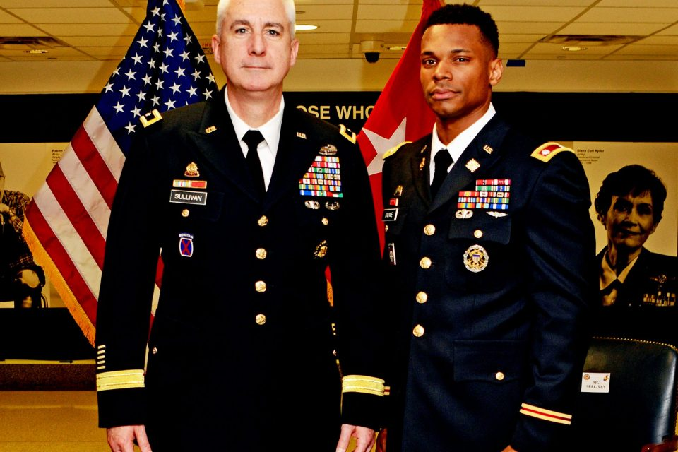 ECSU Alum Curtis Bowe Promoted to Army Lieutenant Colonel